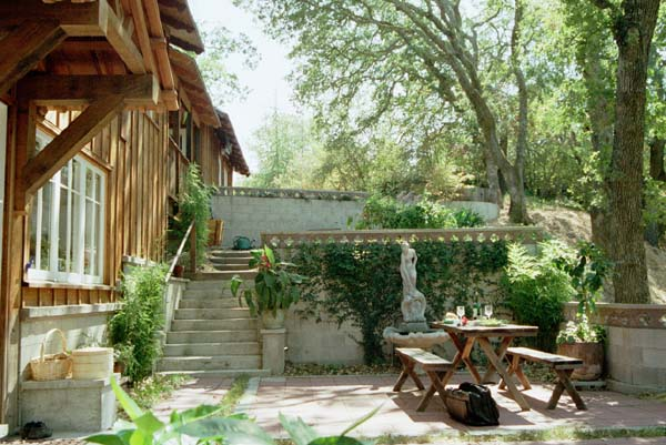 An example of an outdoor terrace