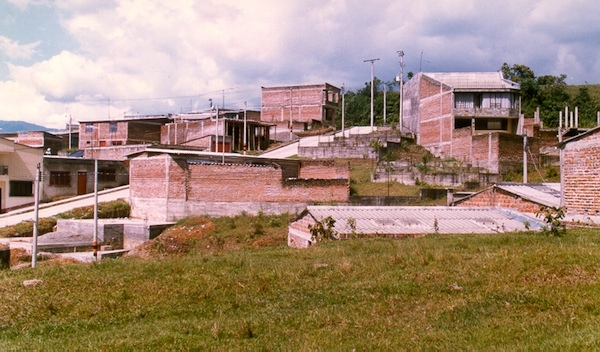 Lost-cost housing in Colombia